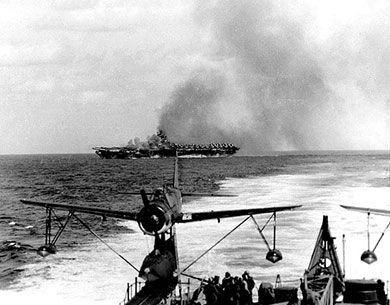 USS Ticonderoga under Kamikaze attack
